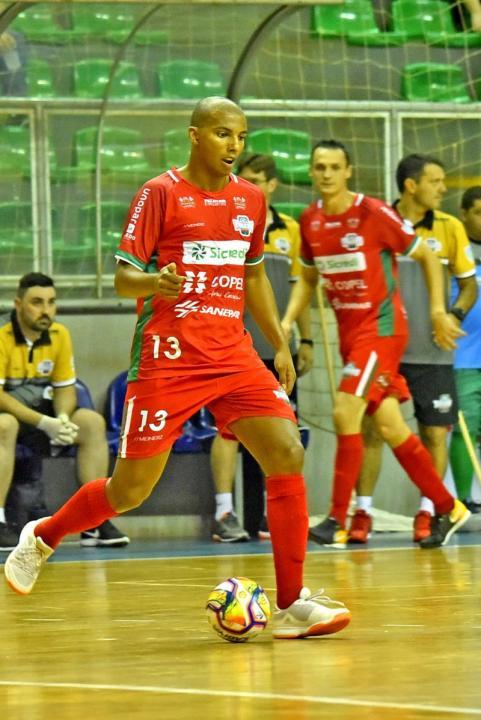 Toledo Futsal vence e conquista quarta vit�ria consecutiva