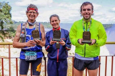 Correr Toledo conquista tr�s primeiros lugares na Meia Maratona das Cataratas