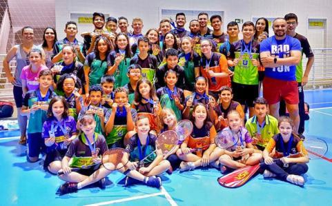 ASSVP/AABT Toledo de Badminton conquista 45 medalhas no Estadual