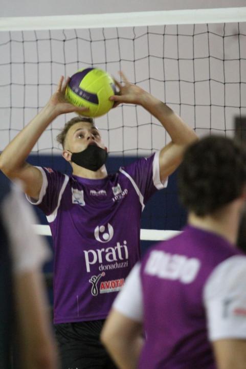 Voleibol de Toledo retoma treinos no Ginásio Hugo Zeni
