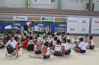 Ginastas do projeto Pedrinho Furlan voltam aos treinos