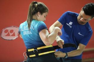 Cintya Oliveira tem treinamentos intensificados nesta semana