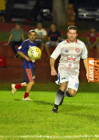 Trans Scalcon goleia no futebol su��o do Yara Country Clube