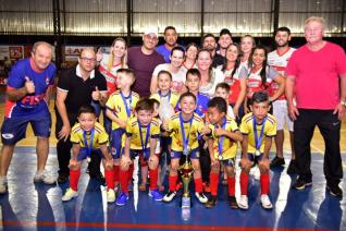 Toled�o � campe�o na categoria Sub 7 da Copa Kids de Futsal Menores