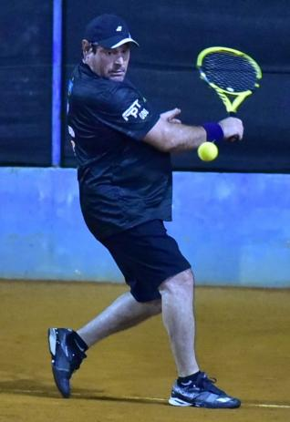Parab�ns tenistas