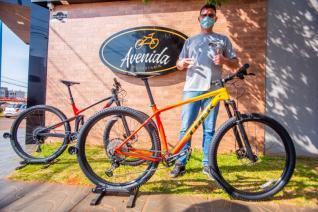 Bicicletaria Avenida com ofertas especiais em agosto