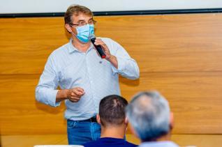 Gestão municipal promove encontro com proprietários de academias