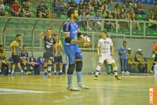 Toledo Futsal faz jogo sonolento e perde para Campo Mour�o