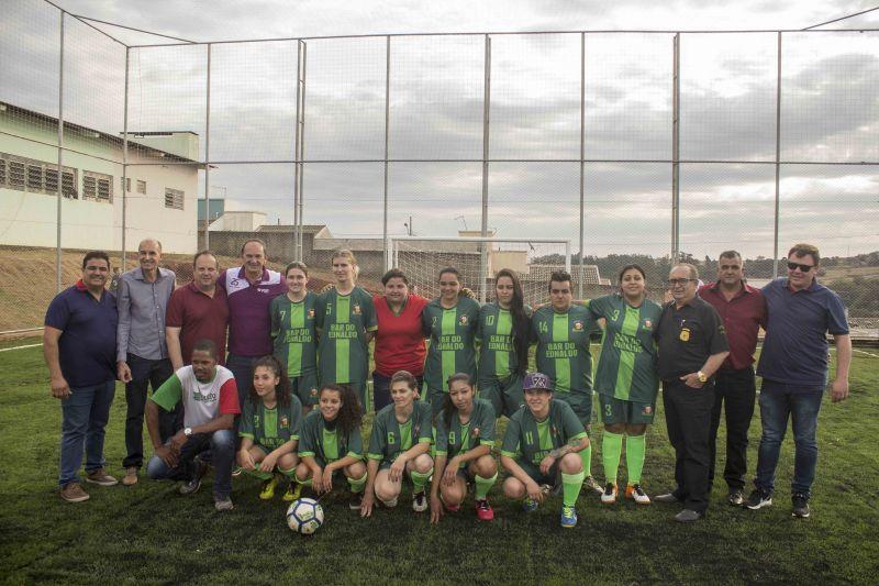 Cesar Park e Panorama II ganham campos de Grama Sint�tica