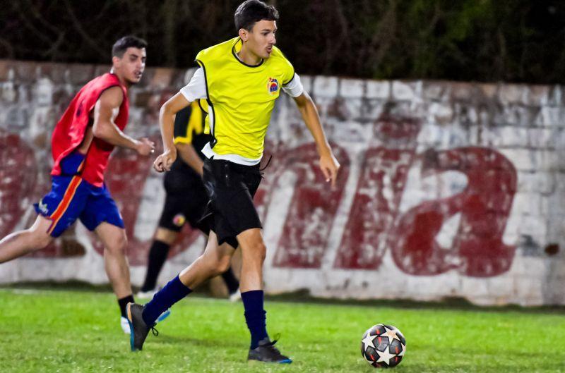 Santos goleira e dispara na classificação do futebol sete livre do Toledão
