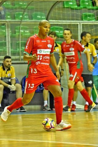 Toledo Futsal vence e conquista quarta vitória consecutiva
