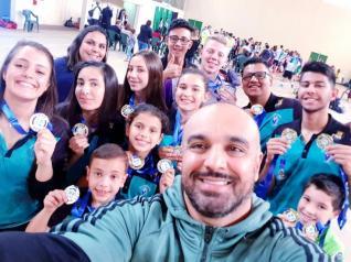 Toledo conquista nove medalhas na Copa Oeste de Badminton