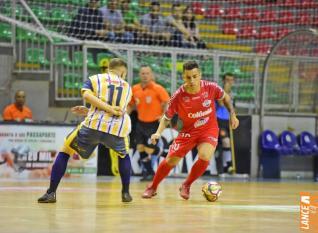 Toledo Futsal empata e deixa escapar chance de classificação