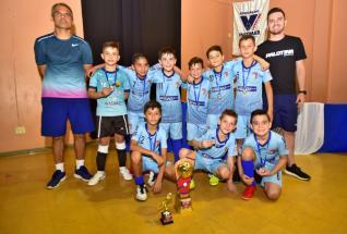 Colégio La Salle supera AER Sadia fatura o título da categoria Sub 9