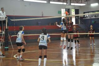 Colégio Incomar recebe etapa decisiva da Copa Amizade de Voleibol
