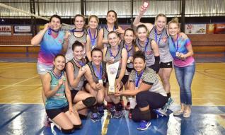 Clube das 20 / Palotina conquista o título da 1ª Copa de Voleibol Feminino do Toledão