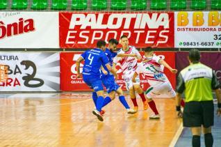 Toledo Futsal perde para Siqueira Campos