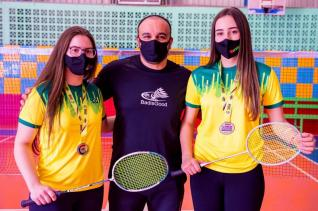 PANAMERICANO JÚNIOR DE BADMINTON 2021 - Tainara e Natalia conquistam medalha de prata
